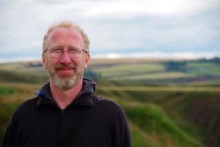Andrés Waksman es miembro del equipo docente de El Olivo Psicoterapia Humanista