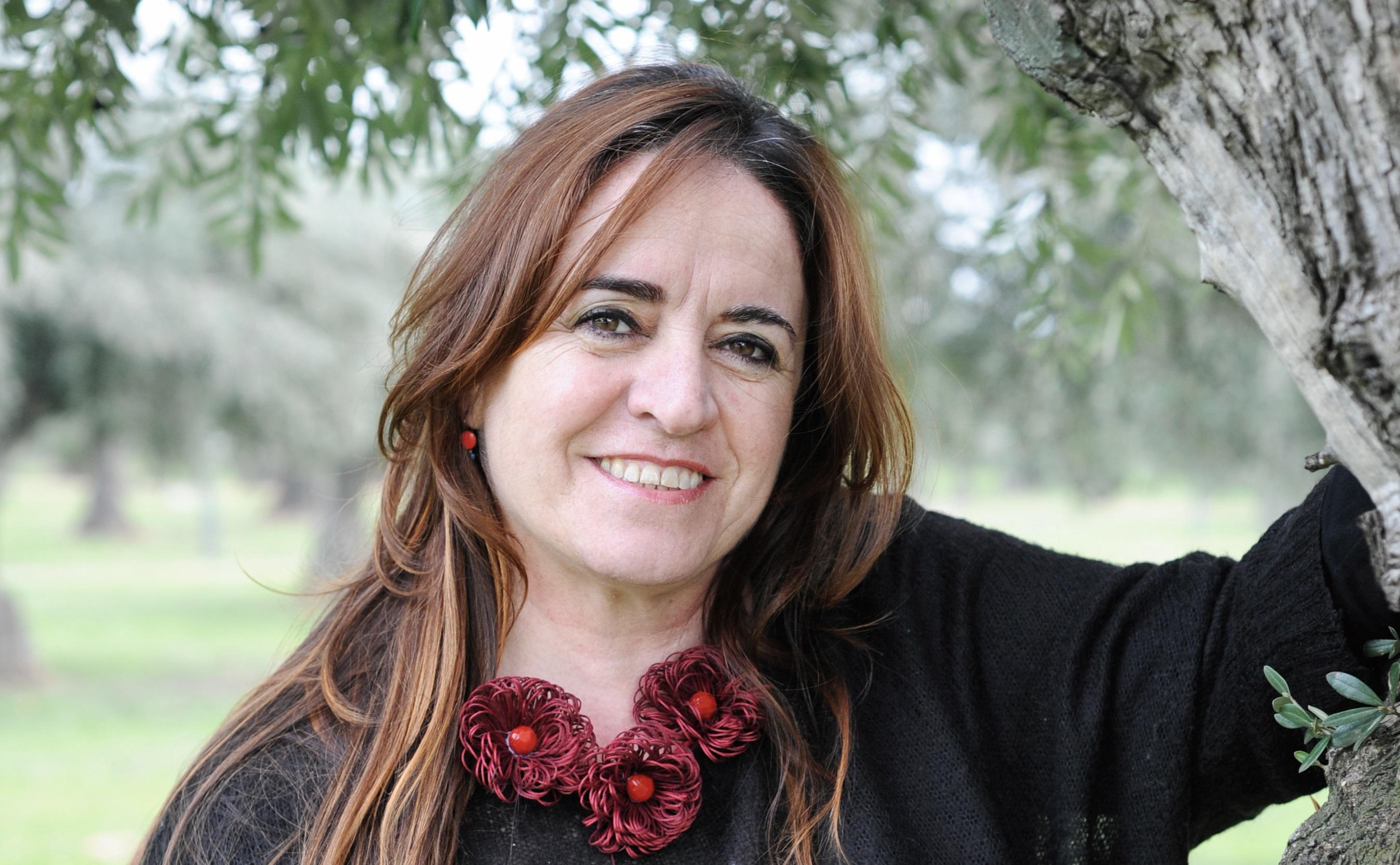 Esther Beiztegui es miembro del eqipo y docente de El Olivo Psicoterapia Humanista